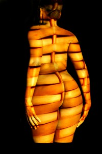 veined effect body projection